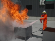 消火訓練 / Fire Fighting Training