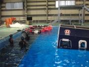洋上サバイバル訓練用のヘリコプター搭載型救命いかだ