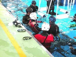 EBS(呼吸具)に慣れるための訓練は必須。